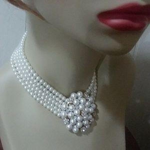 Jewelry - WEDDING BRIDAL PEARL CHOKER SO PRETTY!